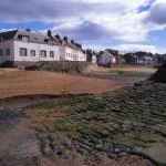 Sea wall and sea front cottages, Anstruther