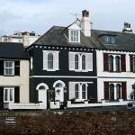 Houses in Budleigh Salterton