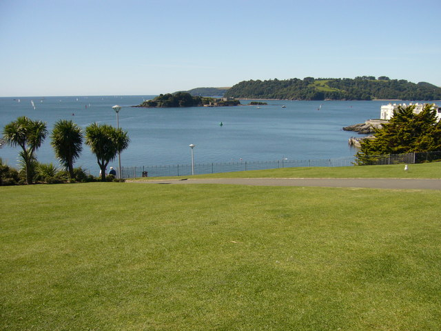 Plymouth Hoe - West Beach - Devon