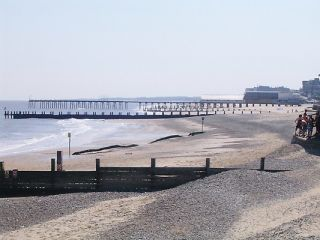 Claremont Pier (Lowestoft) Beach