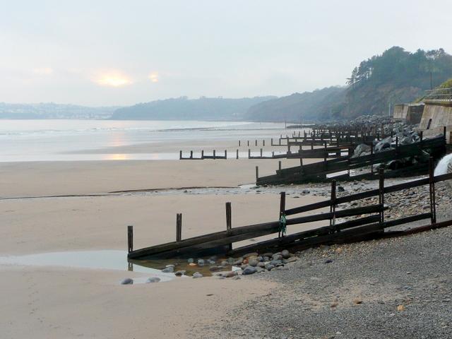 amroth beach dyfed uk beach guide