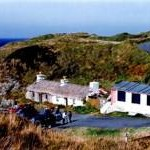 Niarbyl - Thatched cottage and cabin by Irish Sea