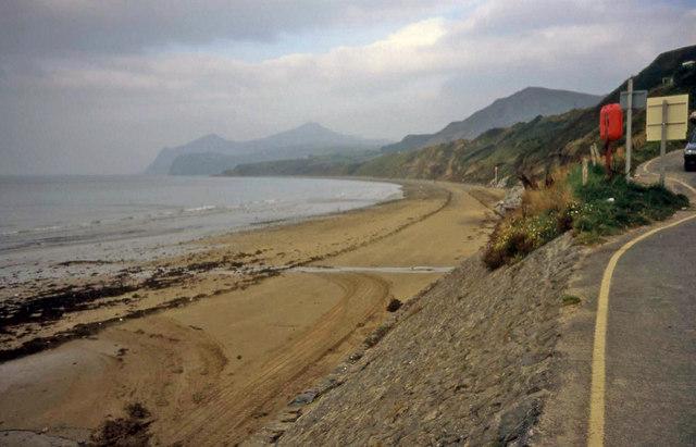 Porth Nefyn Beach Gwynedd Uk Beach Guide