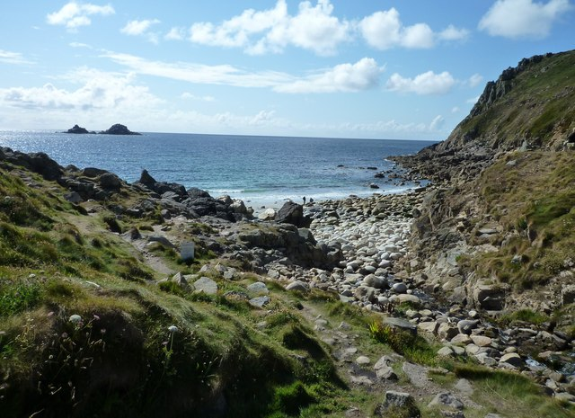 Porthnanven Beach (St Just) - Cornwall