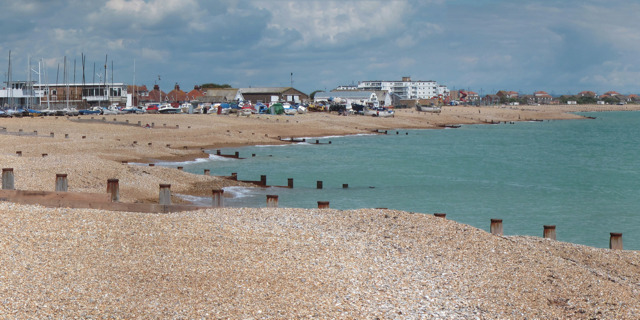 Royal Parade Beach (Eastbourne) - East Sussex