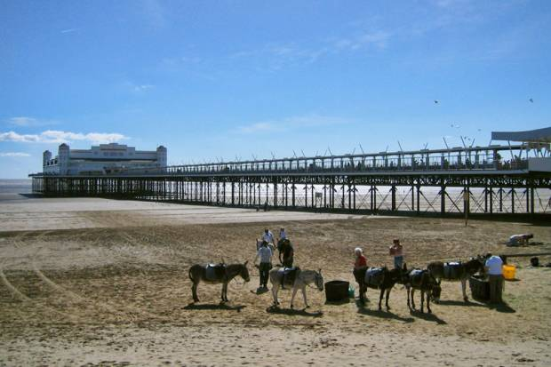 Weston-super-Mare Grand Pier Beach - Somerset
